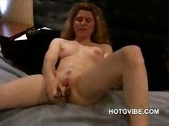 dildo lesbian sex milf pussy vagina