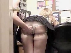 Amateur Flashing Hidden Cams Upskirts