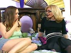 Lesbian Mature TeenMature Lesbian