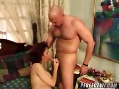 pretty mom gets ass fucked deep