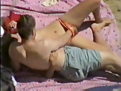 Amateur Beach Masturbation