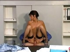 Tempting Milf Wants Sex Right Now!