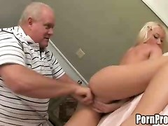 old dude bangs young girl impress rod