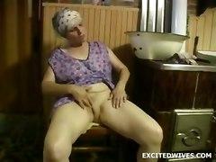 mature granny masturbation solo dildo euro