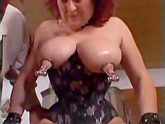 Grannys Pussy Workout