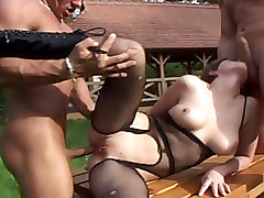Group Sex Outdoor Threesome
