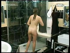 Hidden Cams Showers