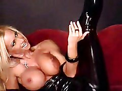 Blondes Latex boobs solo