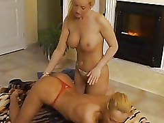Blondes Kissing Lesbian Pussy Licking