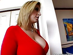 MILF Big Ass MILF Sara Jay