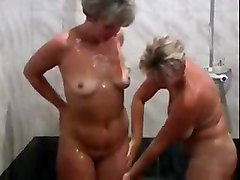 Matures Old   Young Threesomes