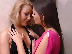 lesbian pussy cunnilingus big tits blonde licking fingering