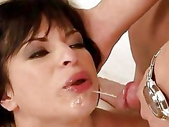 Fetish Pissing blowjob brunette