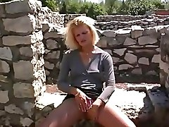 Outdoor Pissing Shaved Pussy