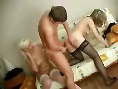 Amateur Hidden Cams Old + Young