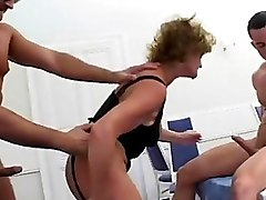 Blondes Facials Mature