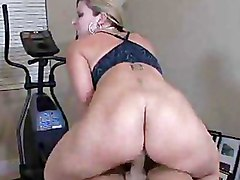Big Tits Blowjobs Gym Milf