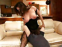 Venus Facesitting And Blowjob