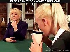 lesbian fingering pussylicking sextoys