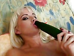Toys Vegetable blonde solo wife