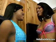 lesbian black fingering pussylicking ebony blackwoman