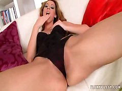 blonde solo teasing dildofucking sextoys dildolicking trimmedpussy