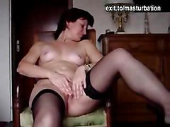 milf mature mom mother amateur masturbating fingering masturbation cumming orgasm