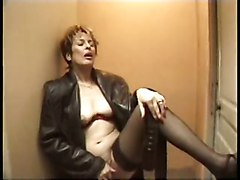 French Masturbation MILFs