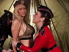 BDSM Latex Lesbians