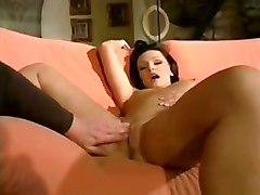 vivthomasvideo curvy brunette lisa sucks blowjob