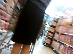 Pantyhose Upskirt Of A Gorgeous Milf