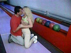 Blonde Uses Her Bowling Trainer For Pleasure