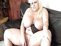 BBW Blondes Dildos Masturbation Milf