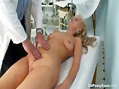granny mature gyno speculum pussy old doctor gnyoc