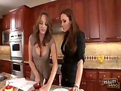 charlie laine lesbian and sky taylor