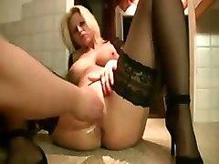 fetish fisting squirt amateur homemade blonde