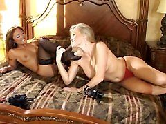 Asian Blondes Lesbians Foot Fetish