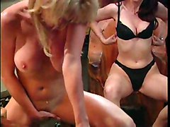 MILF Masturbation Blonde Black-haired Blonde Caucasian MILF Masturbation Solo Girl Vaginal Masturbation