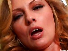 MILF Masturbation Caucasian MILF Masturbation Solo Girl Toys Vaginal Masturbation Kelle Marie