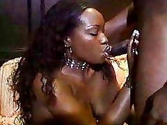 Blowjobs Ebony Milf