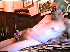 Older Mens Big Dick & Deep Throat ( Gay )