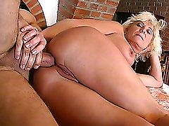 Anal Blondes Mature