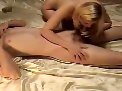 Amateur Blondes Blowjobs