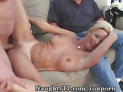Blondes Cuckold Mature wife