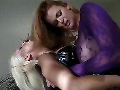 Latex Lesbians MILFs