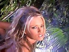 lesbian big tits blonde pornstar threesome busty jenna jameson