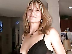 Amateur Milf Berkley Gets Nude   Stuffs Dildo For