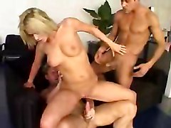 Babes Blondes Group Sex