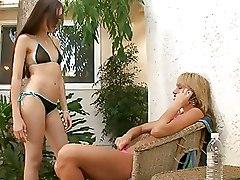 Babes Bikini Lesbian