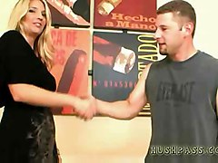 Super Milf Jordan Kingsley Fills Up On Whitezilla